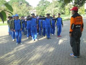 Latihan Bersama Instruktur H.Syakhruddin